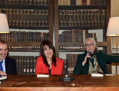 Presentato al Circolo dei Lettori il libro di Claudia Ghiraldello. Il ricavato della vendita sosterrà i progetti in Africa